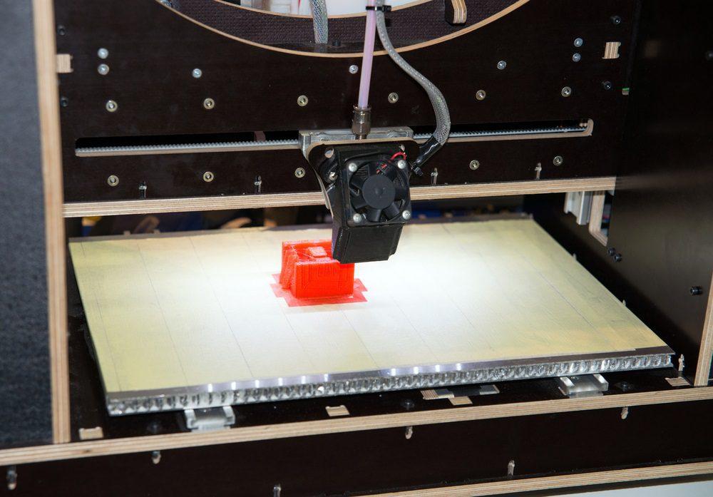 Hilos o Stringing en impresión 3D ¿Qué son y cómo evitarlos?